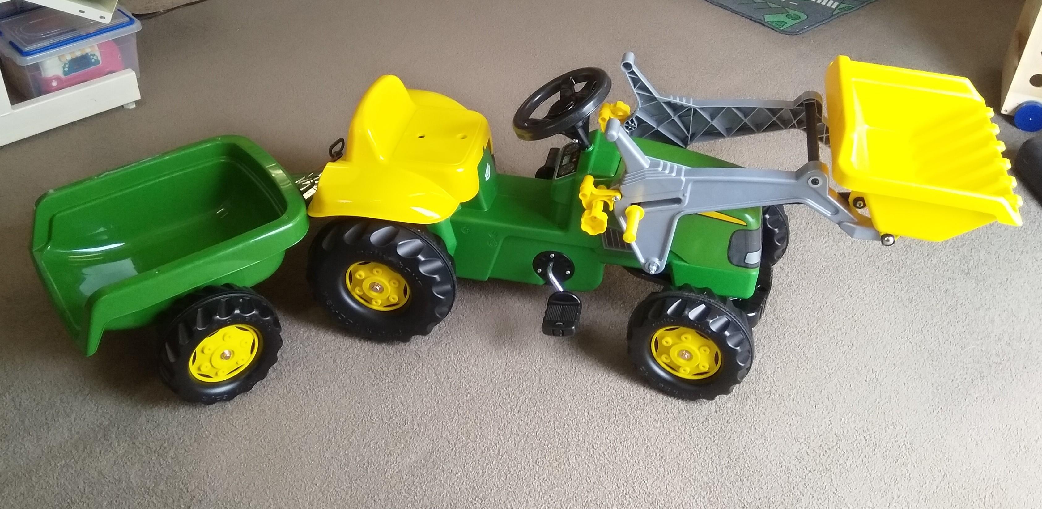 John Deere Tractor with bucket and Trailer